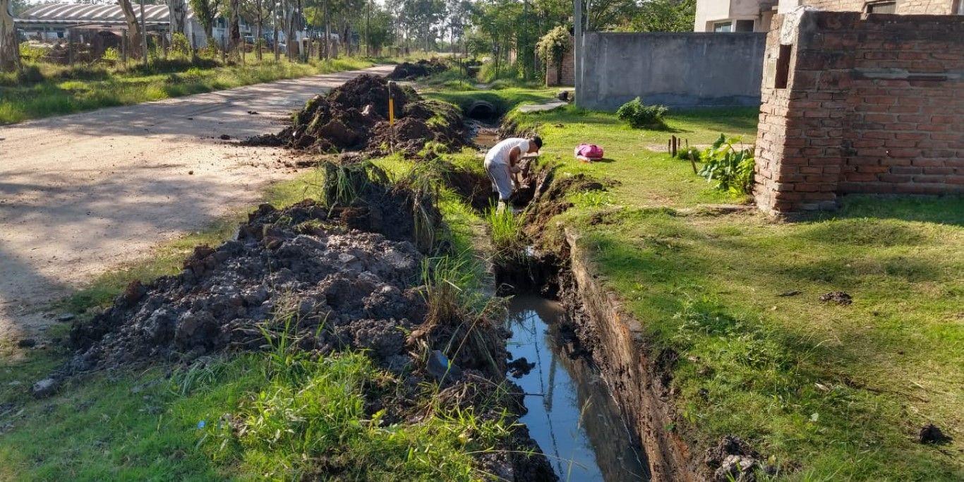 Muni desagües calle Ameghino 1