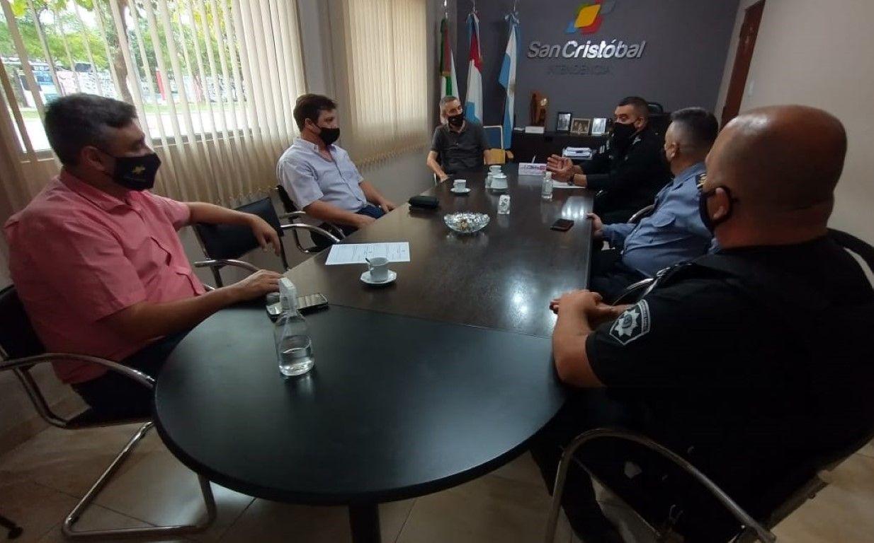 Reunión Jefe y Sub Jefe de policía con Intendente 1